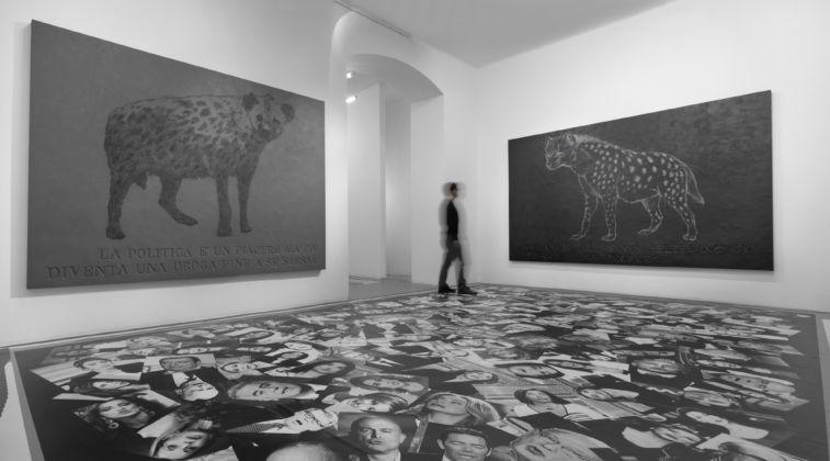 Politicamente Parlando (2014) installation view at Gallery Bianconi, Milan